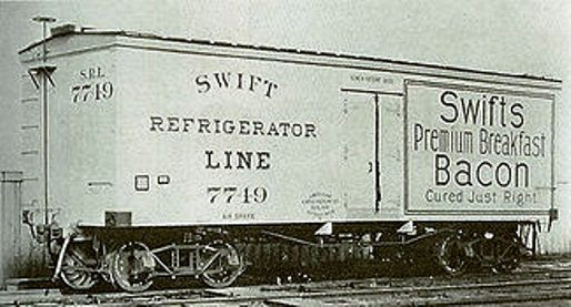 325px-One_of_the_first_cars_out_of_the_Detroit_plant_of_American_Car_%26_Foundry_-_Built_1899_for_Swift_Refrigerator_Line_-_Chicago_Historical_Society.jpg