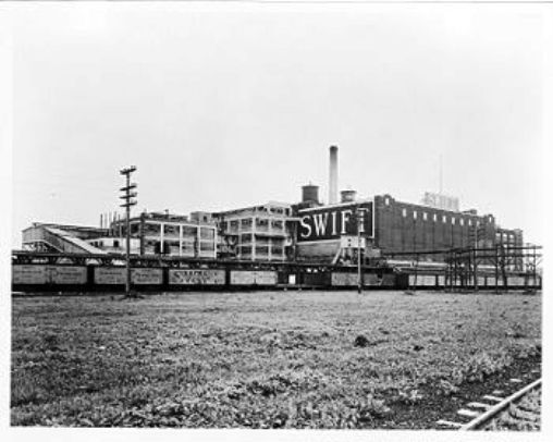350px-Swift_Brands_South_Chicago_IL_meat_packing_plant_circa_1917.jpg